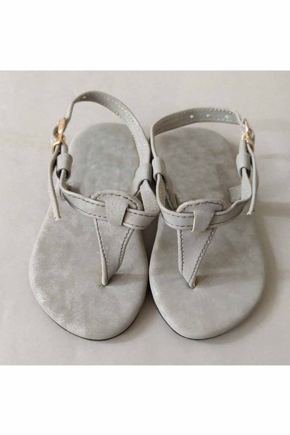 Grey sandal! Footwear for girls, Flip flop for girls, designer sandals for girls, belly shoes for girls, designer kolhapuri flats