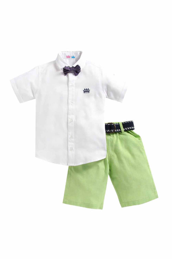 Summer Set Of White Shirt And Green Shorts With A Bow