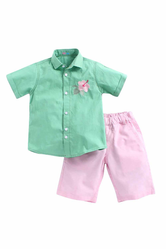 Flower Embedded Set Shirt With Baby Pink Shorts