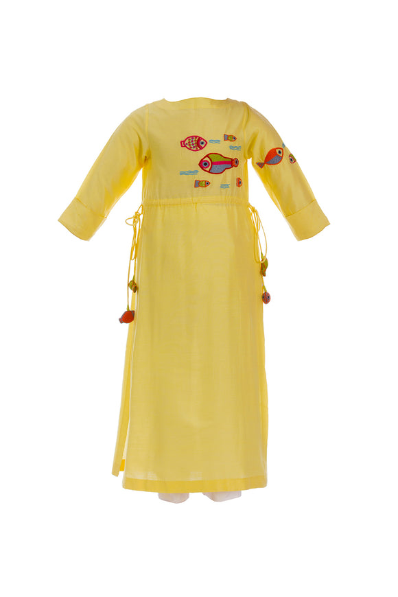 Lemon yellow multi fish tunic with straight pants