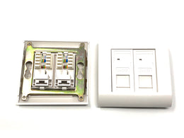 Wall box with 2 RJ45 female UTP cat5e 80x80mm 568B - Mr. Tronic