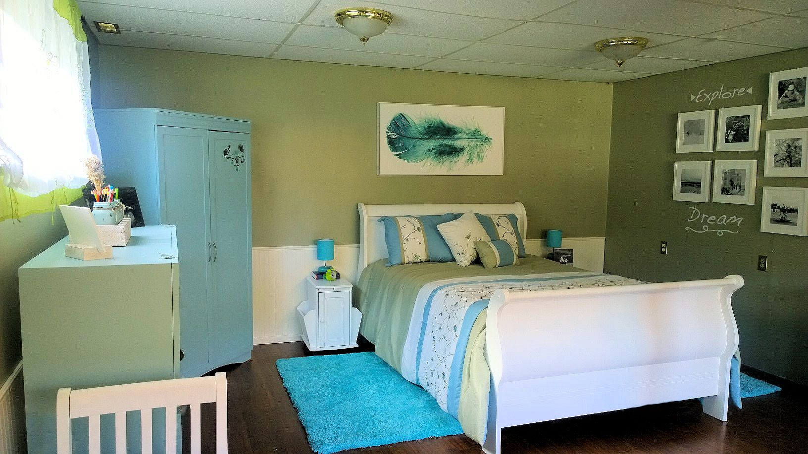 Room makeover project after photo turning a teen bedroom into a craft room and spare bedroom