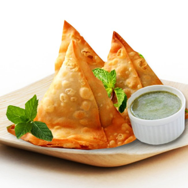 Piping Hot and Spicy Samosa