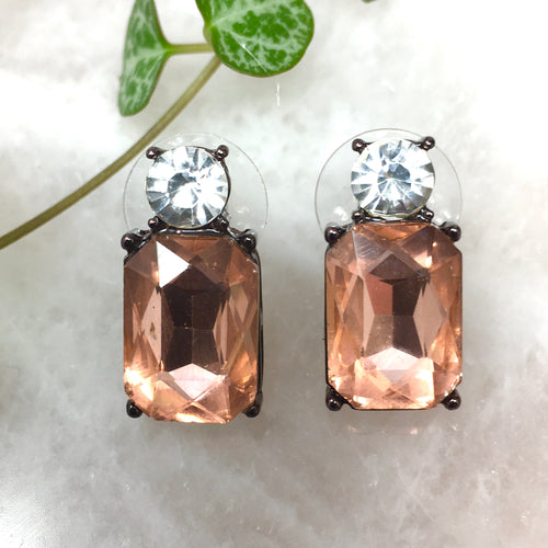 FACETED GLASS STUDS - BLUSH
