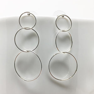 TRIPLE HOOPS EARRINGS - SILVER