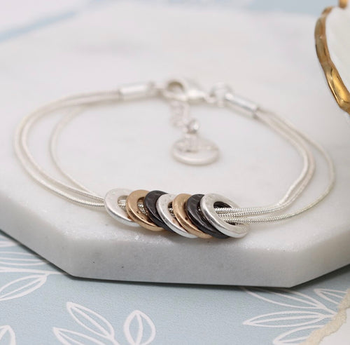 MIXED HOOP & TRIPLE CHAIN BRACELET