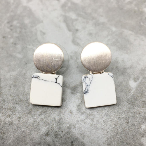 MARBLE LOOK STUD EARRINGS