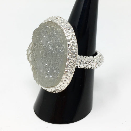 CRYSTAL STYLE ELASTICATED RING - GREY