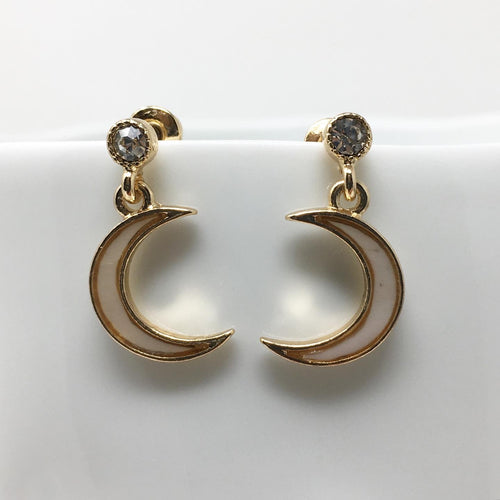FAUX PEARL MOON EARRINGS