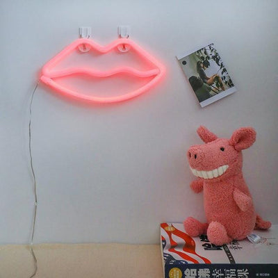 Incognito by Supernova Table/Wall lamp Kiss me