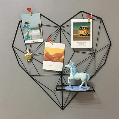 Amorousness Lilly-May | Photo Wire Grid Frame | Heart Shaped Wire Display Shelf