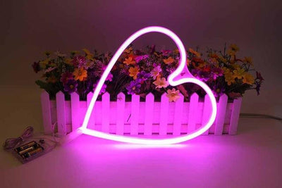 Superstar Love me NOW Wall/Desk Lamp Table/Wall lamp Pink heart