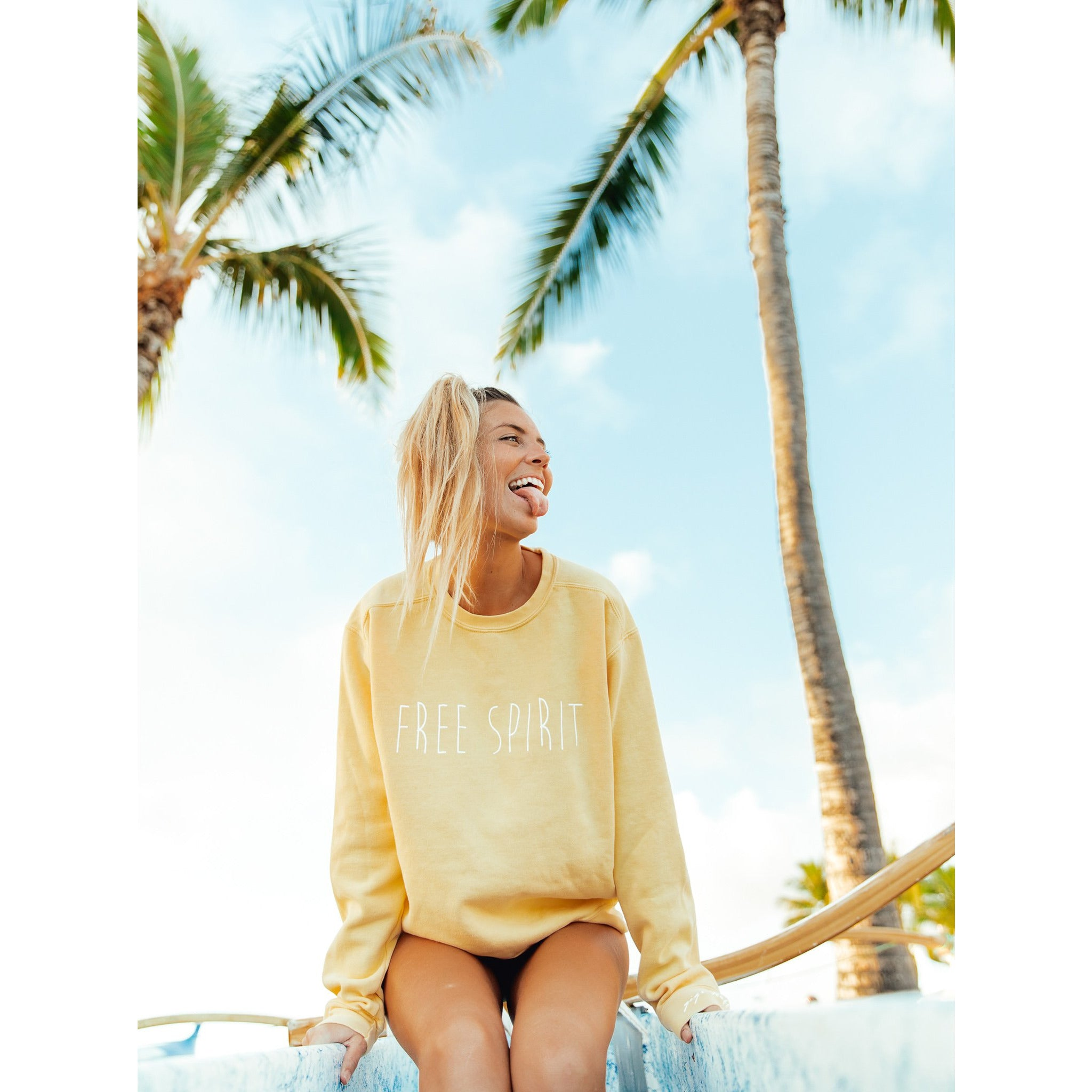 Comfort Colors Honey Crew - FREE SPIRIT