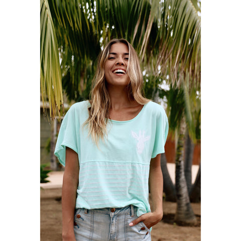Gigi Free Spirit - Short Sleeve V-neck