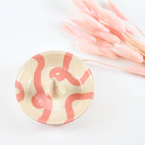 Ring Cone Dish (Coral Loop)