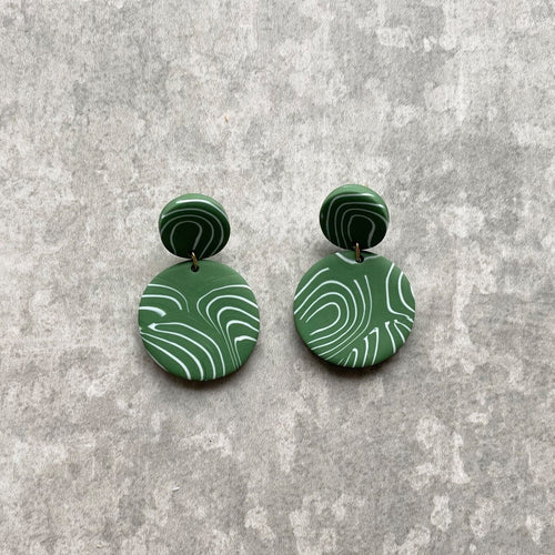 Dot & Disk Contour Earrings (Sage & White)