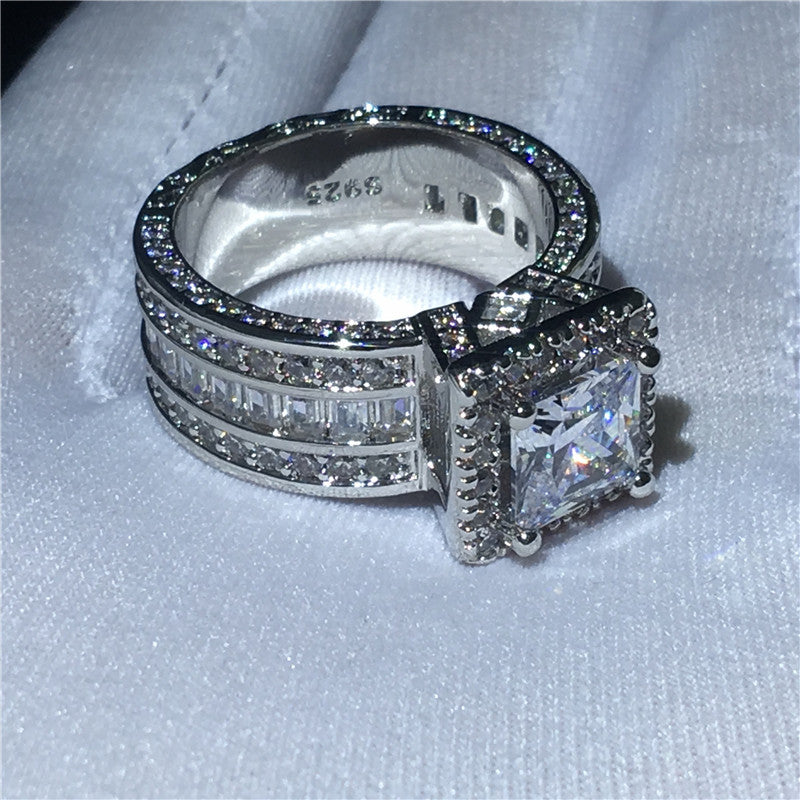 Luxury Engagement Ring