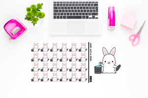 Carrots takes out the trash planner stickers (C024)