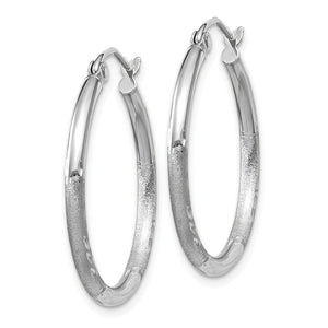 Alternate view of the 2mm x 25mm 14k White Gold Satin & Diamond-Cut Round Hoop Earrings by The Black Bow Jewelry Co.