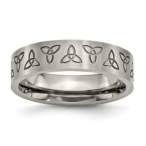 6mm Engraved Trinity Symbol Flat Band in Brushed Titanium - The Black Bow Jewelry Co.