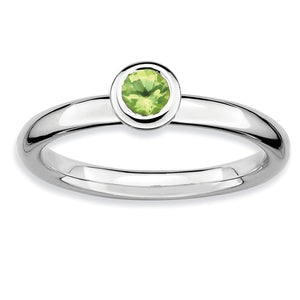 Stackable Low Profile 4mm Peridot Silver Ring - The Black Bow Jewelry Co.