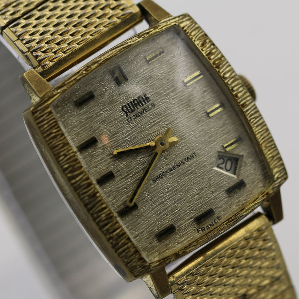 Swank Men's Gold 17Jwl Made in France Calendar Fancy Bezel Watch w/ Bracelet