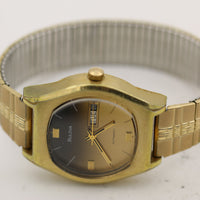 1973 Bulova Men's Automatic 17Jwl Gold Calendar Tiger Eye Dial Watch w/ Bracelet