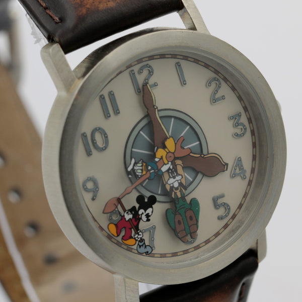 Mickey Mouse and His Friends Men's Silver Quartz Watch w/ Strap