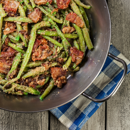 Green Beans with Bacon and Garlic