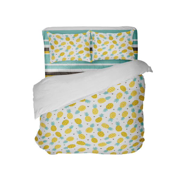 PINEAPPLE COMFORTER WITH COORDINATING BEACH STRIPE SHEET