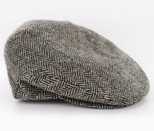 Mucross Weavers Trinity Traditional Wool Irish Flat Cap Black and white