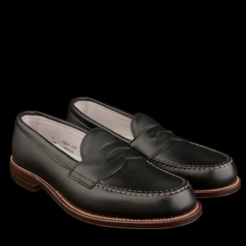Brenham Leisure Loafer in Black Regina Grain D5201F