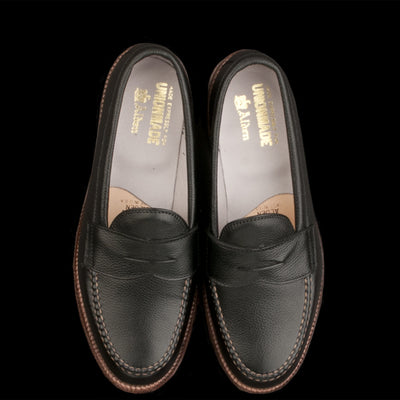 Alden - Brenham Leisure Loafer in Black Regina Grain D5201F