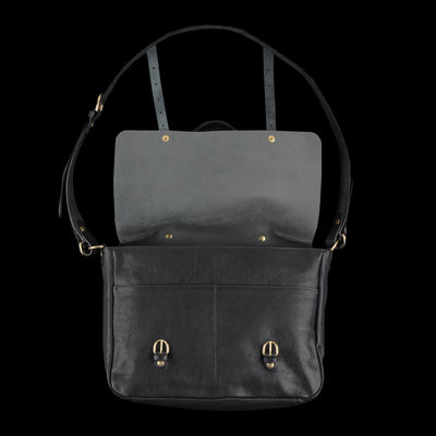 Il Bisonte - Double Buckle Snap Messenger with Shoulder Handle in Black