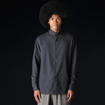 Deveaux - Button Mock Neck Shirt in Black