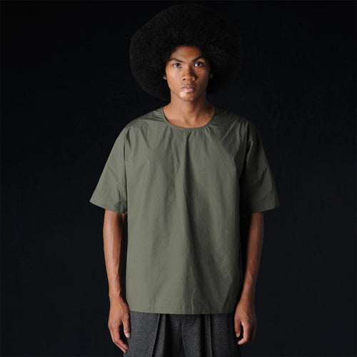 Woven Short Sleeve Dolman Shirt in Olive