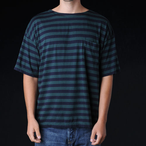 Border Pocket Tee in Green & Navy