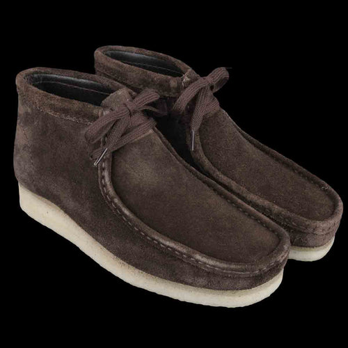 Wallabee Boot in Brown Suede