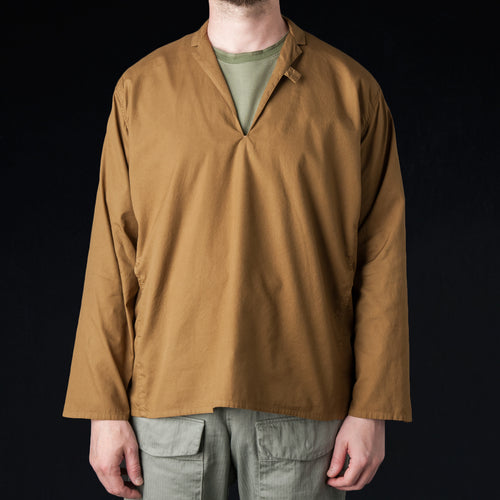 Soft Ox Tailored Pullover Shirt in Camel