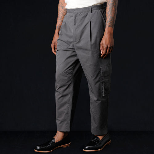 Broken In Chino Single Pleat Cargo Pant in Concrete