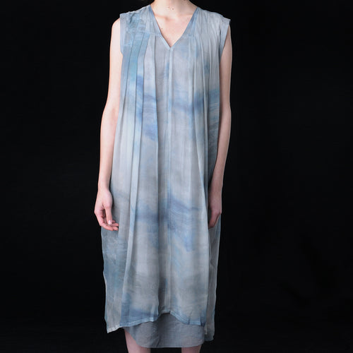 V Neck Horizon Dress in Light Grey