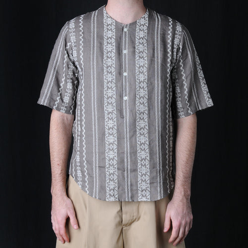 Embroidered Linen Short Sleeve Popover in Brown
