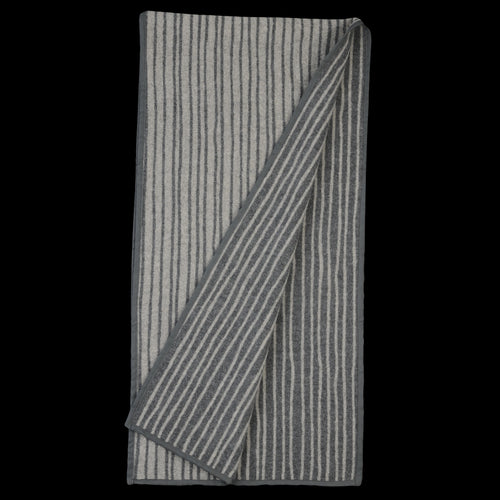 Stagger Stripe Wool Cashmere Blanket Piping Stole in Grey