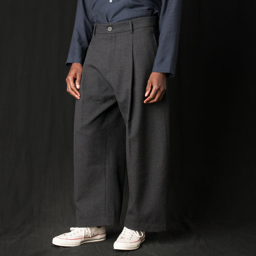 Bryn A Thornproof Volume Pant in Slate Grey