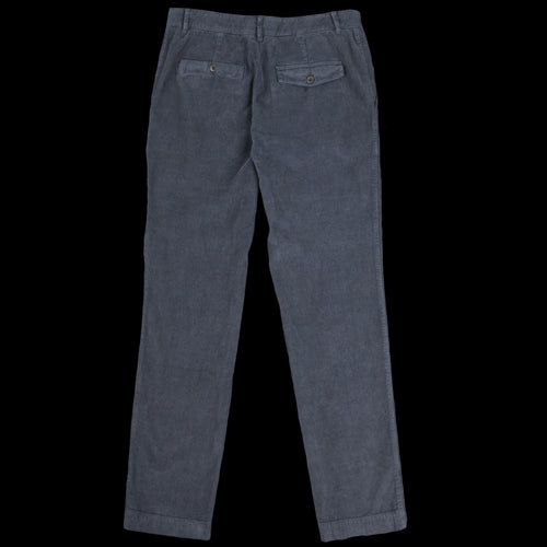 Corduroy Fisherman Chino in Faded Black