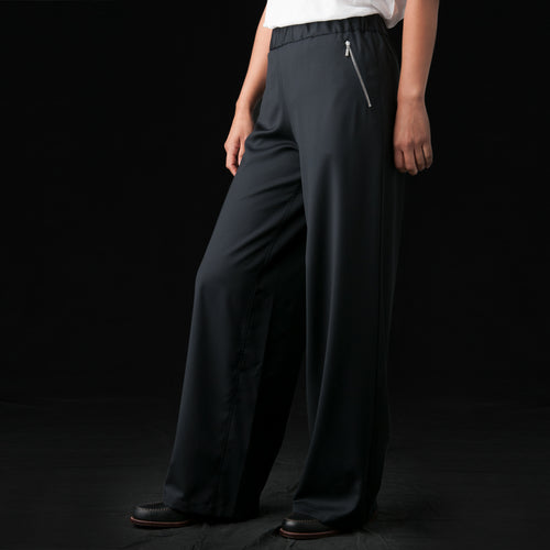 Triyuga Trousers in Midnight
