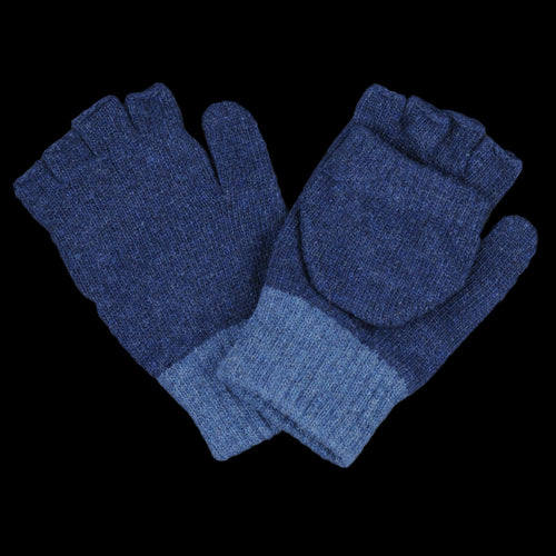 Oli's Glove in Alderly Navy