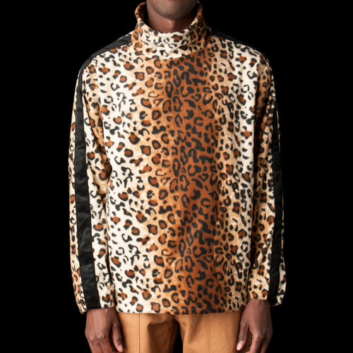 Kog Risu Fleece Mock Neck Pullover in Leopard