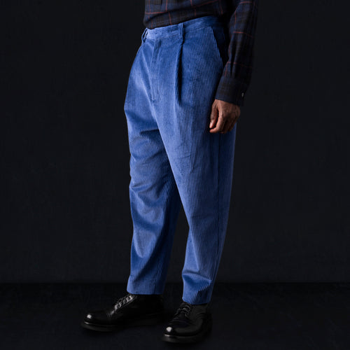 Corduroy Wyatt Pant in Blue