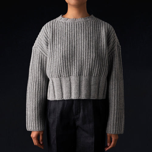 Airly Wool Crew Neck Pullover in Light Grey